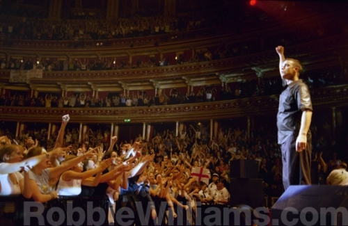 Robbie William live